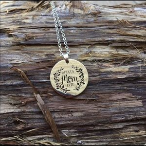 Best Mom Ever Pendant Necklace Silver